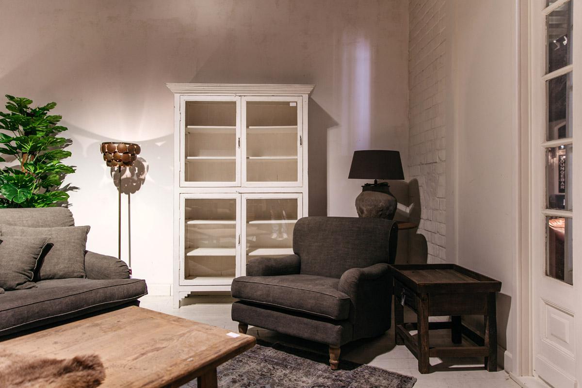Witte-vitrinekast-4deuren-3